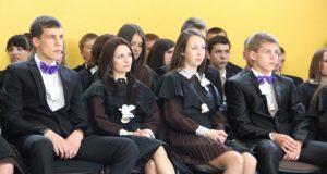 Paskutini skambutis Rokiškio Juozo Tumo-Vaižganto gimnazijos senuosiuose rūmuose. N.Byčkovskio nuotr.