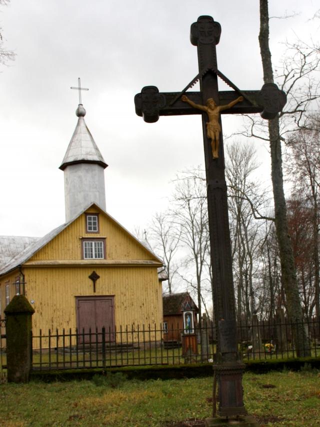 Duokiškis ir bažnyčia buvo visas dvasininko Liongino Neniškio gyvenimas.