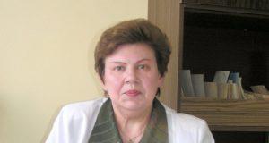 Mėgėjams degintis dermatovenerologė I.Kartianienė pateikė puikių patarimų. D.Zibolienės nuotr.