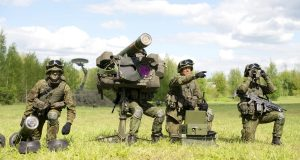 Oro gynybos bataliono kariai.